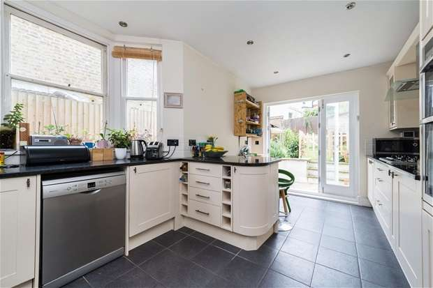 3 Bedrooms Terraced House for sale in Upland Road, East Dulwich