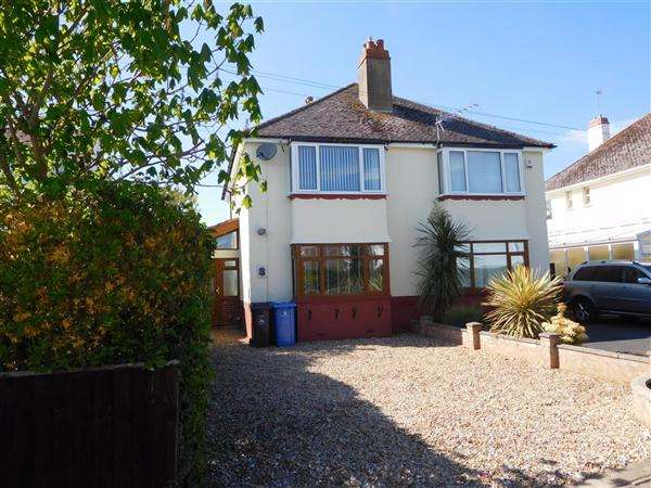 3 Bedrooms Apartment Flat for sale in Lulworth Crescent, Poole