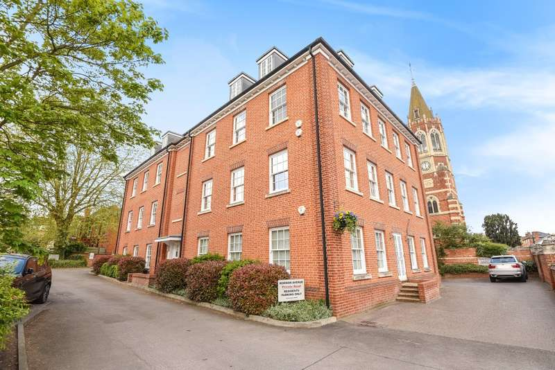 2 Bedrooms Flat for sale in Norman House, Norman Avenue, Henley-On-Thames, RG9