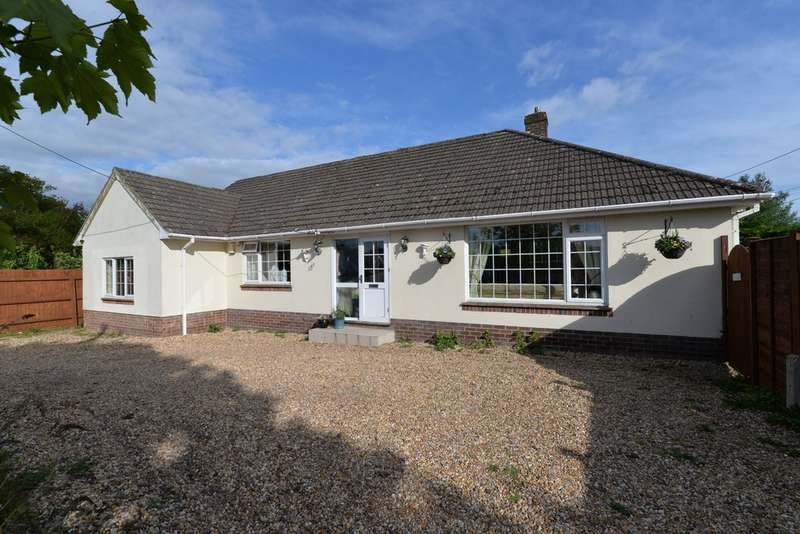 3 Bedrooms Detached House for sale in Sky End Lane, Hordle