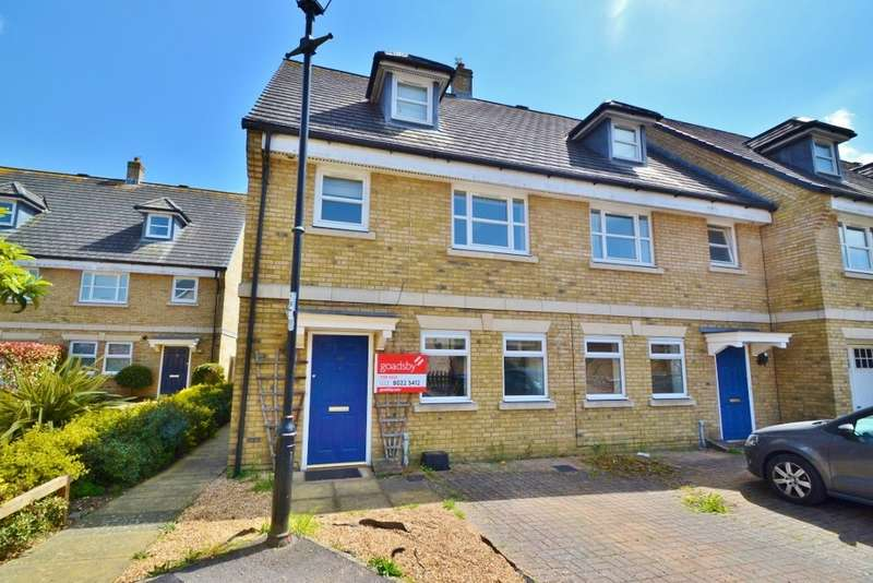 4 Bedrooms Terraced House for sale in Banister Park