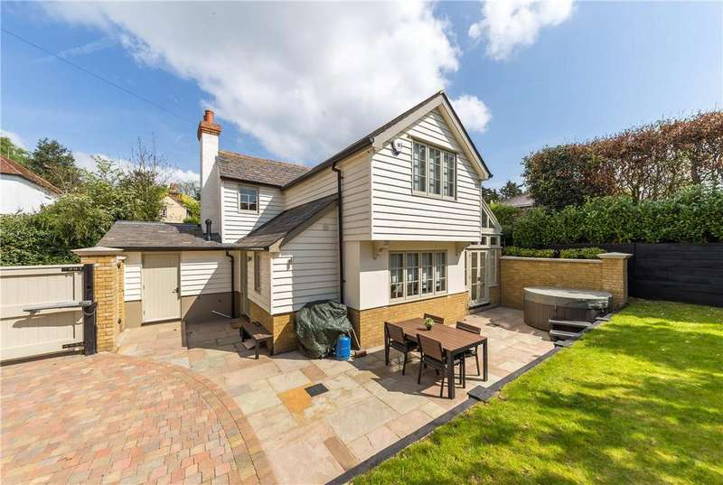 3 Bedrooms Semi Detached House for sale in Hertingfordbury Rd, Hertingfordbury, Herts