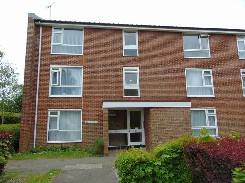 1 Bedroom Ground Flat for sale in Holmbury Grove, Featherbed Lane, Croydon, CR0 9AQ