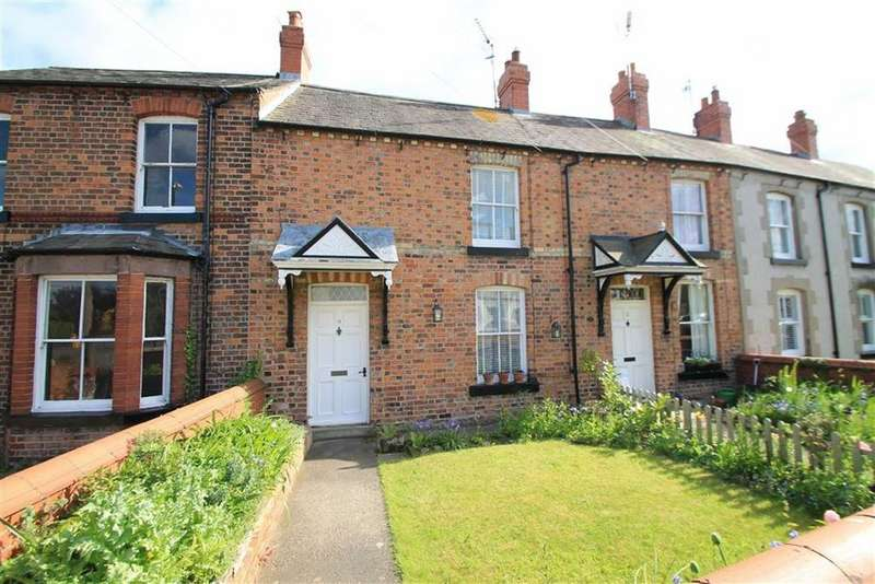 1 Bedroom Terraced House for sale in Castle Street, Holt, Wrexham