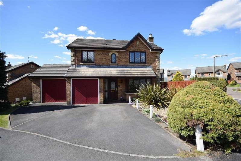 4 Bedrooms Detached House for sale in Hillsborough Avenue, Brierfield, Lancashire