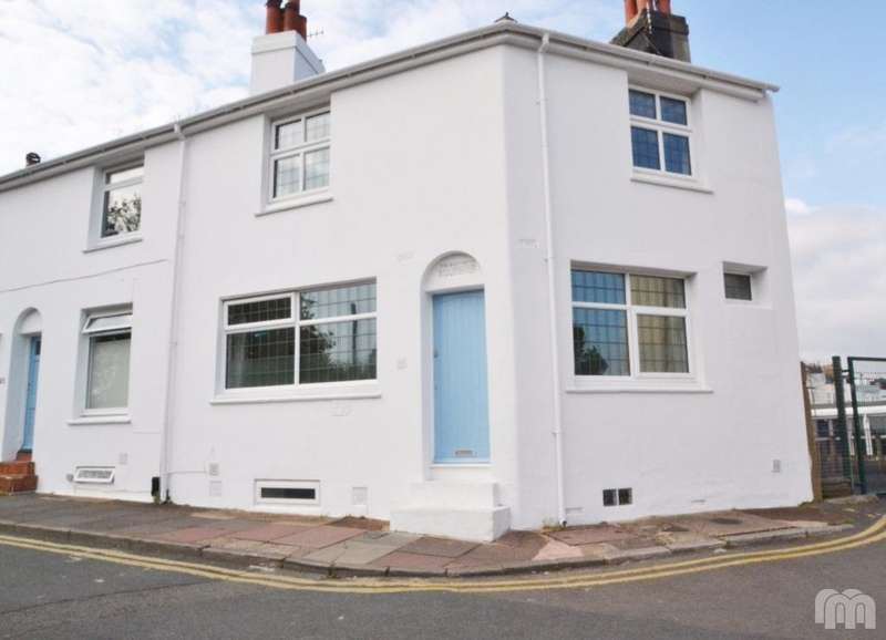 3 Bedrooms Semi Detached House for rent in Church Street Brighton East Sussex BN1