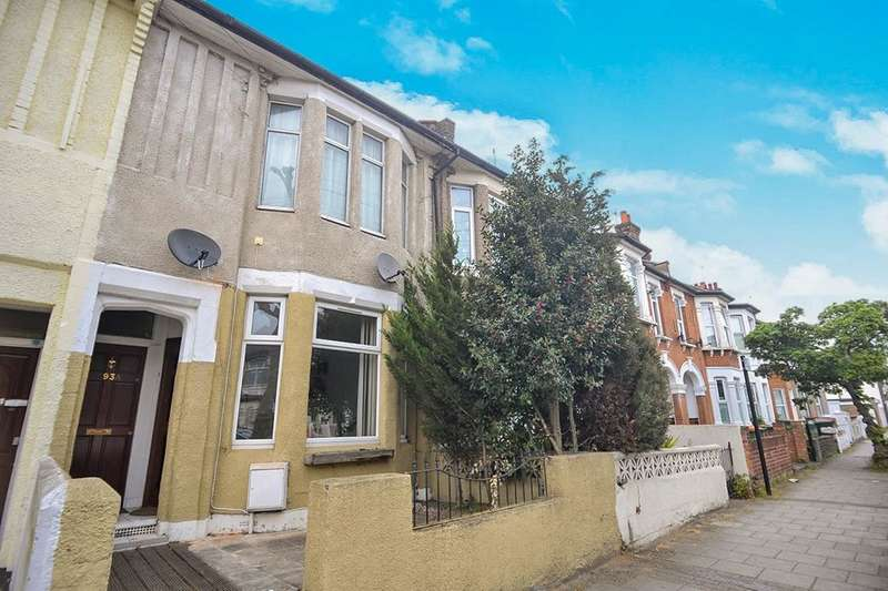 2 Bedrooms Flat for sale in Derby Road, London, E7