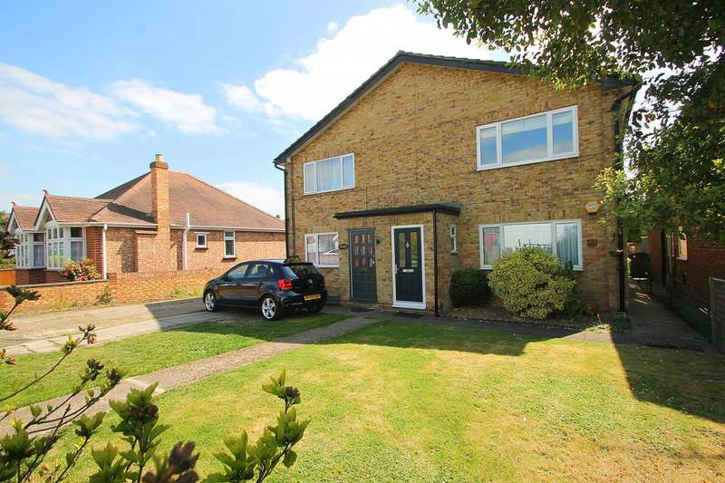 2 Bedrooms Maisonette Flat for sale in Feltham Hill Road, Ashford, TW15