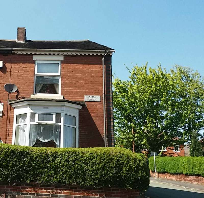 3 Bedrooms Town House for sale in Northwood Park Road, Stoke on Trent