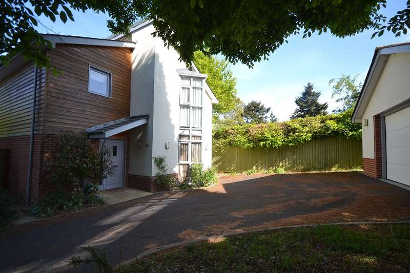 4 Bedrooms Detached House for sale in Caversham Heights