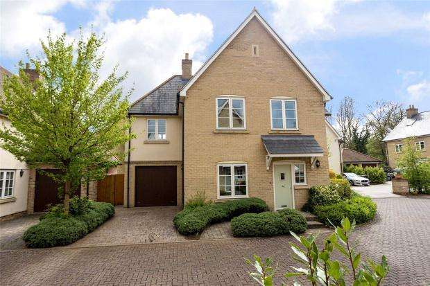 4 Bedrooms Detached House for sale in Greenhedges, Stapleford, Cambridge