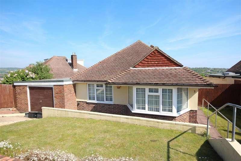 3 Bedrooms Detached Bungalow for sale in Deneside, Westdene, Brighton