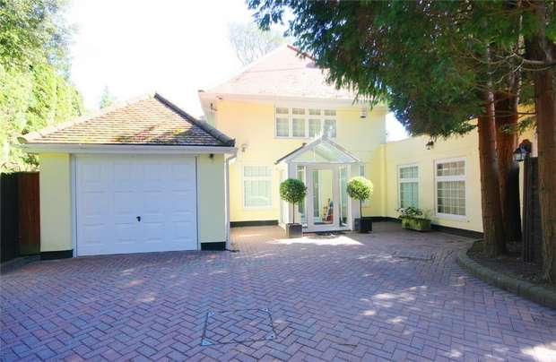 4 Bedrooms Detached House for sale in Burton Road, Branksome Park, Poole, Dorset