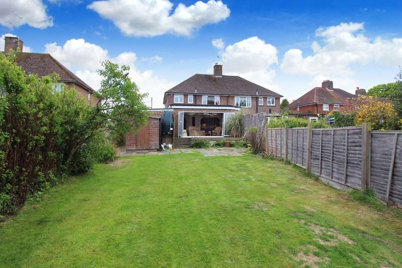 3 Bedrooms Semi Detached House for sale in Handcross Road, Plummers Plain