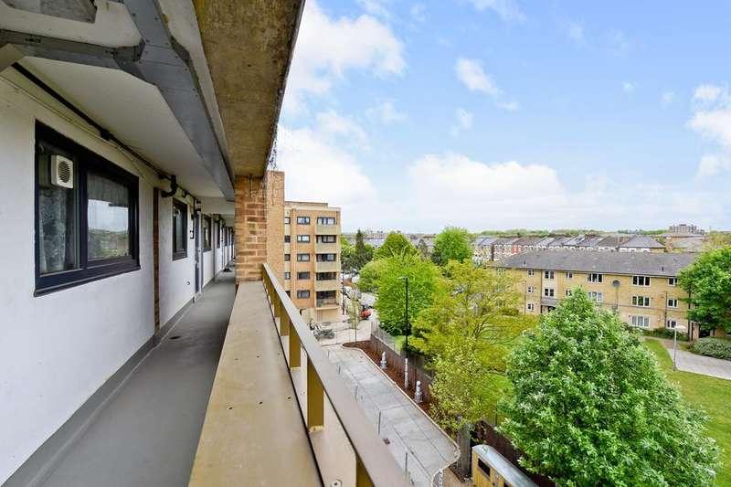 1 Bedroom Flat for sale in Brownswood Road, London N4