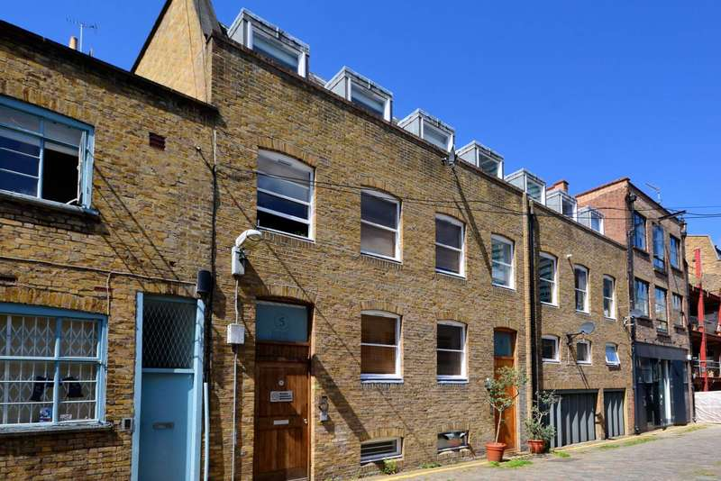 2 Bedrooms Flat for sale in Grafton Mews, Fitzrovia, W1T