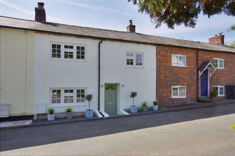 3 Bedrooms Terraced House for sale in Dellands, Overton