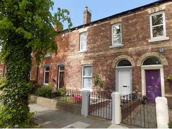 3 Bedrooms Terraced House for sale in Broad Street, Carlisle, CA1 2AQ