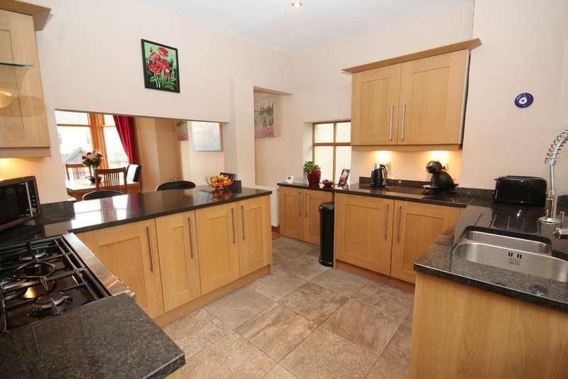 4 Bedrooms Detached House for sale in Feltern, 26 Grange Fell Road