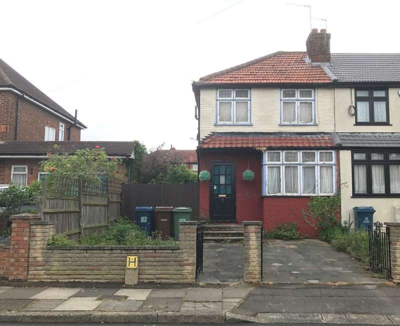 2 Bedrooms Semi Detached House for sale in Tenby Road, Edgware, Middlesex, HA8 6DP