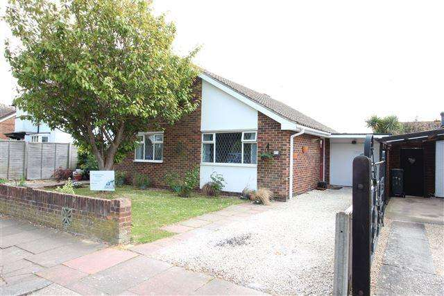 3 Bedrooms Bungalow for sale in The Plantation, Worthing, West Sussex, BN13 2AA