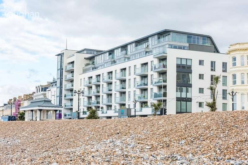 2 Bedrooms Flat for sale in Marine Parade, Worthing, BN11