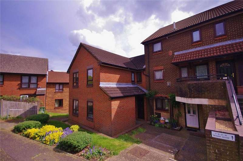 2 Bedrooms Maisonette Flat for sale in Besant House, Raphael Drive, Watford, Hertfordshire, WD24