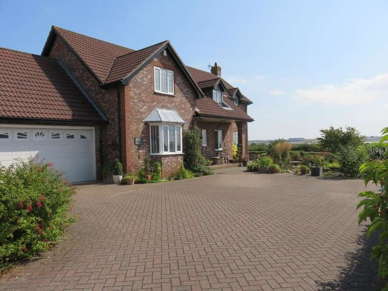 4 Bedrooms House for sale in Old Pond Place, North Ferriby, HU14 3JE