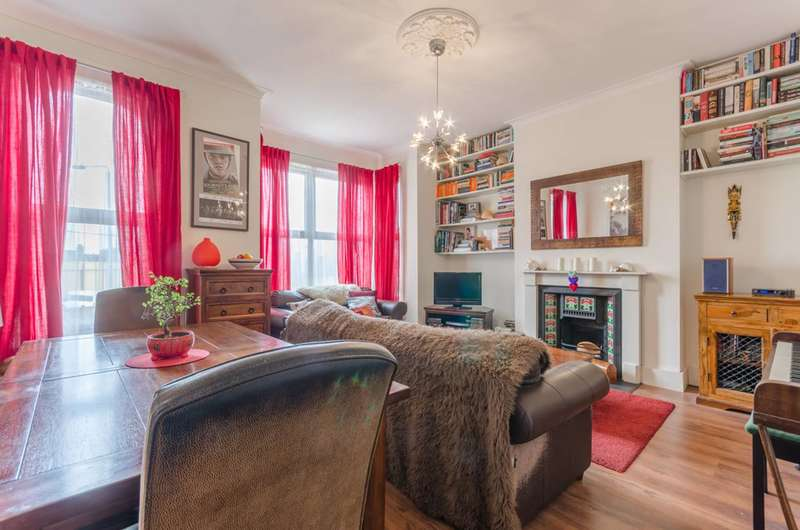 1 Bedroom Flat for sale in Raglan Road, Walthamstow Village, E17