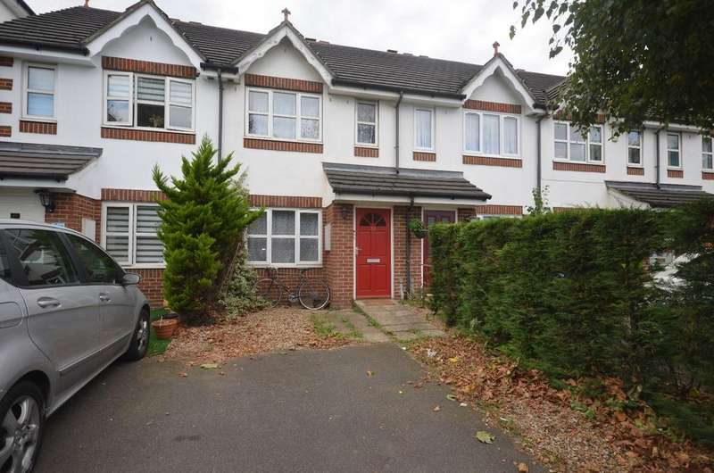 3 Bedrooms Terraced House for sale in Tunnel Avenue Greenwich SE10