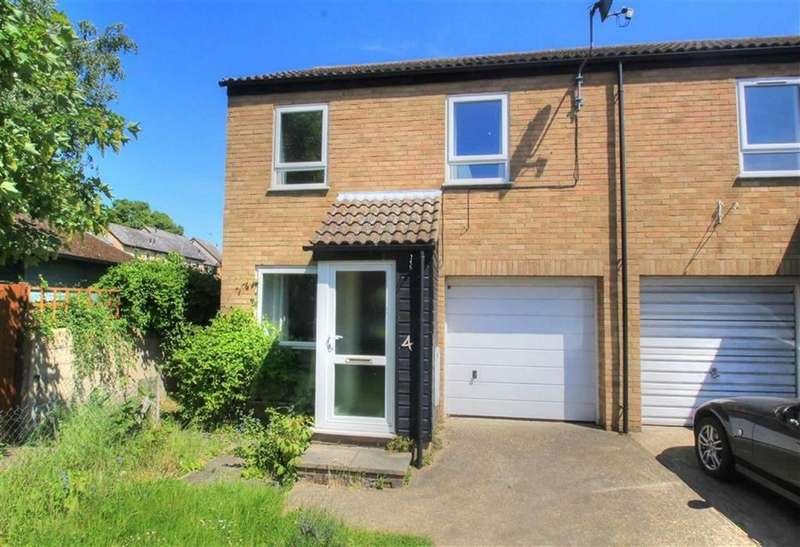 4 Bedrooms Semi Detached House for sale in Midhurst Close, Chesterton, Cambridge