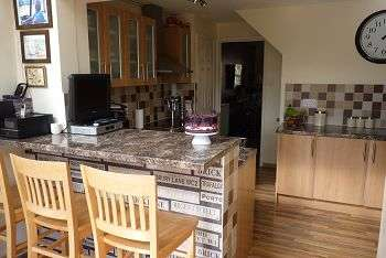 3 Bedrooms House for sale in Station Road, Drayton, Portsmouth, PO6 1PU