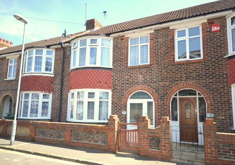 3 Bedrooms Terraced House for sale in Moneyfield Lane, Copnor, Portsmouth