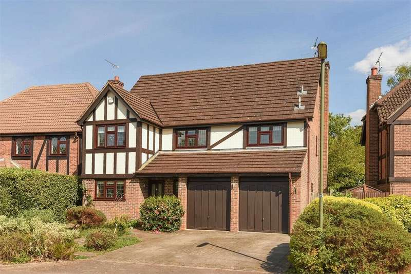 5 Bedrooms Detached House for sale in Frimley, Camberley, Surrey