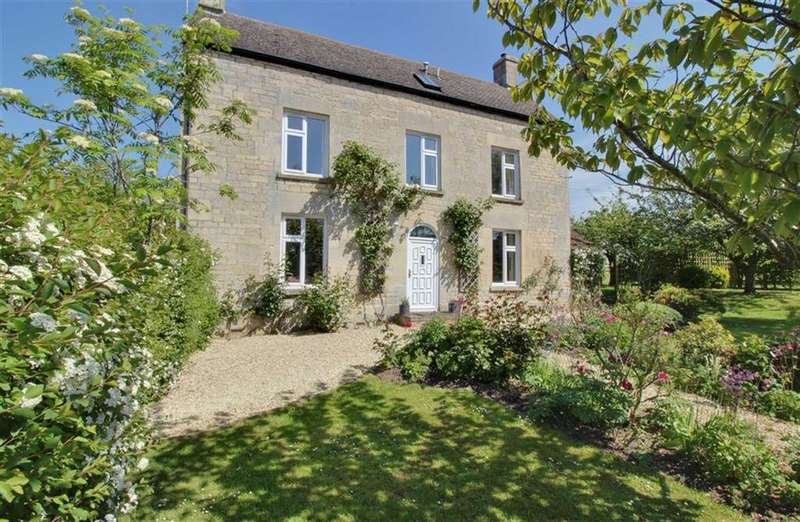 4 Bedrooms Detached House for sale in Standish, Gloucestershire