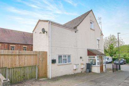 1 Bedroom Flat for sale in Oldminster Road, Sharpness, Berkeley, Gloucestershire