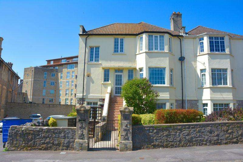 3 Bedrooms Apartment Flat for sale in Albert Quadrant, Weston-Super-Mare
