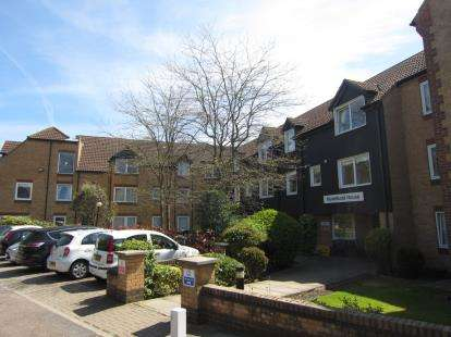1 Bedroom Retirement Property for sale in Sawyers Hall Lane, Brentwood, Essex