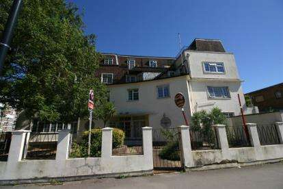 1 Bedroom Flat for sale in Queensway, Southampton, Hampshire