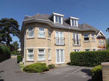 2 Bedrooms Flat for sale in Boscombe, Bournemouth, Dorset