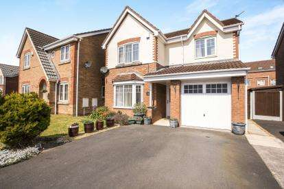 4 Bedrooms Detached House for sale in Tennyson Drive, Blackpool, Lancashire, ., FY2