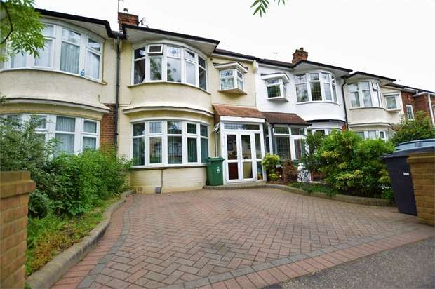 4 Bedrooms Terraced House for sale in Rolls Park Road, London