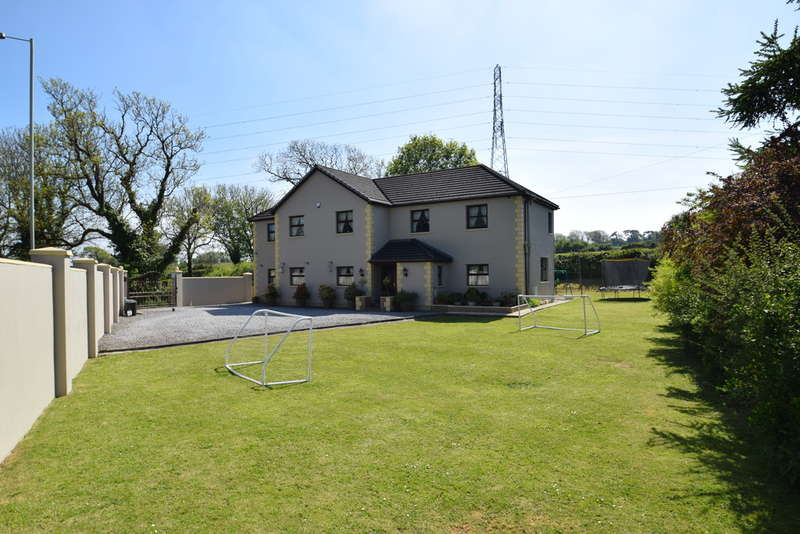 6 Bedrooms Detached House for sale in Ty Coed, Laleston, Bridgend, Bridgend County Borough, CF32 0LY.