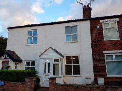 House for sale in Brentwood Avenue, Timperley, Altrincham, Greater Manchester