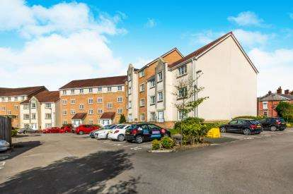1 Bedroom Flat for sale in Bayleyfield, Hyde, Greater Manchester