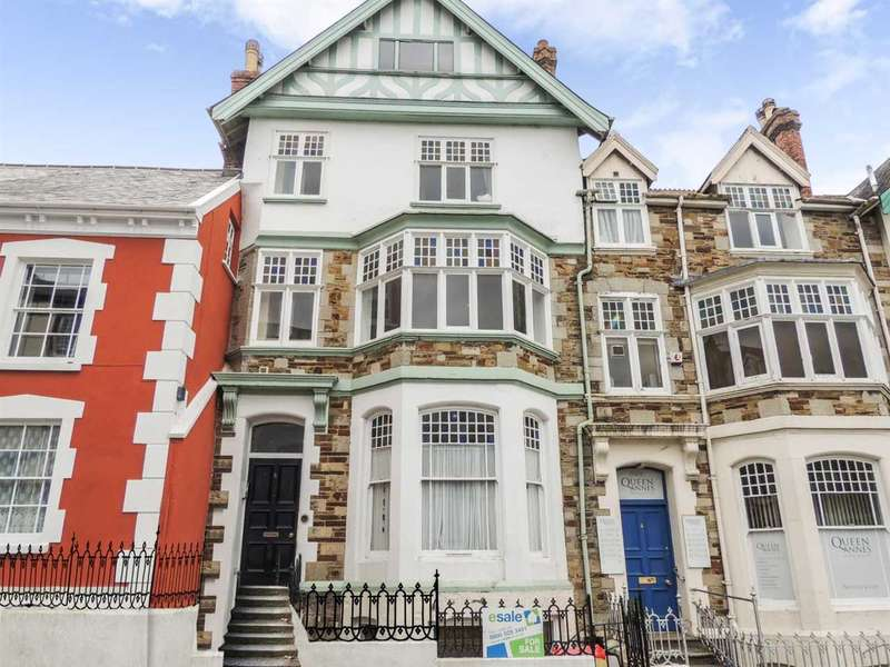 2 Bedrooms Apartment Flat for sale in Queen Annes, High Street, Bideford