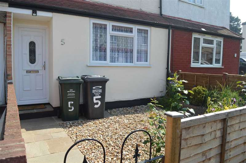2 Bedrooms House for sale in Mildred Close, Dartford