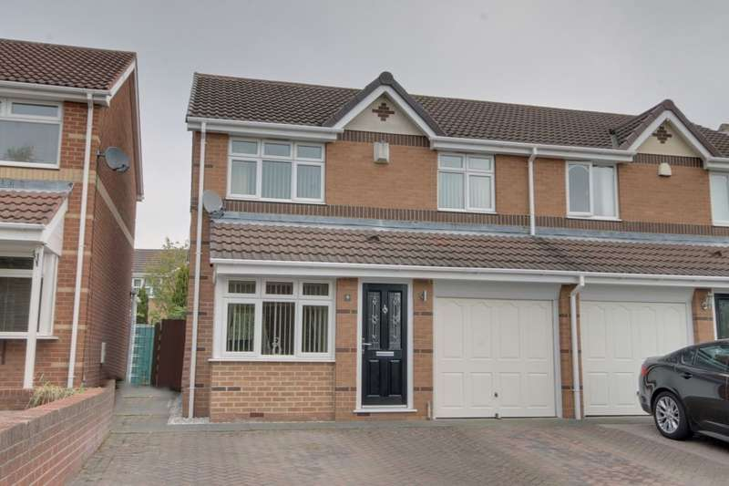3 Bedrooms Semi Detached House for sale in Stonefold Close, Windsor Gardens, Newcastle Upon Tyne, NE5