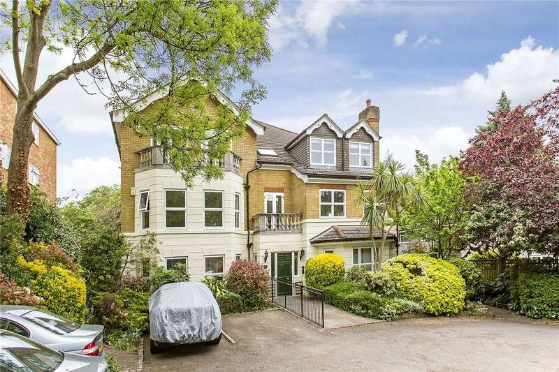 2 Bedrooms Flat for sale in Wrenshaw Court, 30 The Downs, SW20