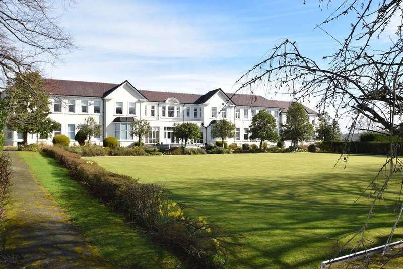 2 Bedrooms Retirement Property for sale in Plas Mariander, Llanrhos
